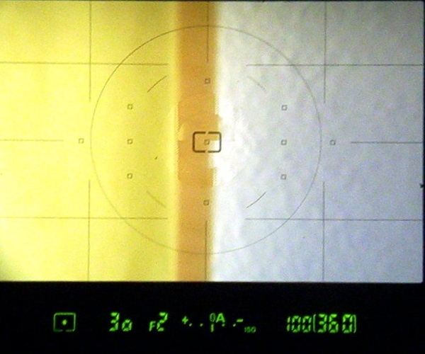 Viewfinder view of the Katzeye Optibrite focussing screen